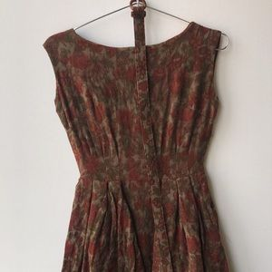 Dresses & Skirts - Vintage Textured Dress W Belt and Fringe